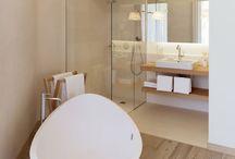 bathroom / by Karina F