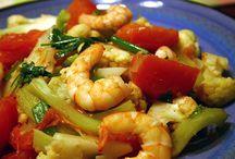 Vietnamese cooking.  / by Sue Mullen Amirault