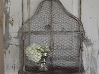 des cages d'oiseaux