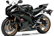 Autos y motocicletas
