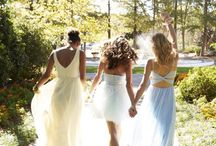 Prom Dresses & Makeup / Because prom is one those nights you'll remember your whole life and because it's a precious part of the American Dream, relayed by cult movies like 10 Things I Hate About You, here's a full collection of dresses that will make your date's world turn upside down. From backless to mermaid prom dresses, without forgetting the most popular slip dresses and lacey embroidered puff ones, we've go you covered for this very special night.