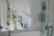 bathrooms / by Jennifer Ciarletta
