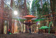 Tree hanging tent