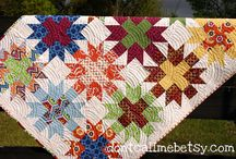 Quilting Ideas, Tutorials, and Patterns / by Crystal Lybrink