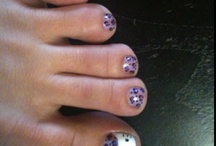 Toes  / Painted toenails / by wini