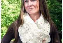 cross hatch button-up cowl crochet pattern