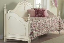 Studio Furniture / by Lori Paladino
