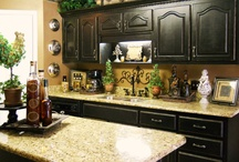 Kitchens / by Holly Badon