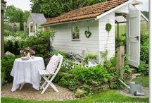 Gartenhäuschen, Schuppen und Pavillons