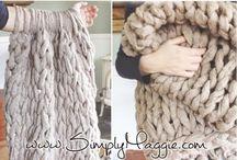 Couverture tricot et avec les bras
