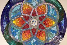 mandala z mozaiky