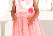 Adorable Easter Outfits and Ideas / Dress your little girl or boy in these Easter outfits from Little Me