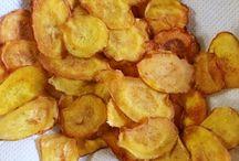 Como fazer batata chips no forno / Como fazer batata chips no forno? Além de saudável, fácil de fazer e saborosa! http://www.camilazivit.com.br/como-fazer-batata-chips-no-forno/
