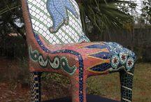 silla en mosaico
