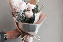 simple diy hand bouquet