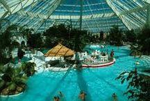 Waterparken / Een sportief dagje uit met de kinderen? Ontdek de spectaculairste waterparken en zwembaden in uw regio!