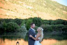 ARP Summer Weddings / Beautiful summer wedding photography that provide you with creative examples and ideas for the perfect summertime wedding. Photos by Allison Ragsdale Photography in Durango, Colorado.