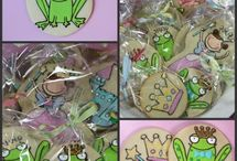 Adorable sweets / by Ivona Sugarsticks Parties