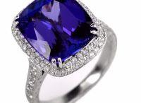 Vintage Designer Jewelry / Antique & Estate Designer Jewelry.