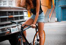 Bikez n girlz