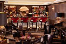 Manneta's Bar
