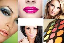 Bars à beauté / Photographe ; Manucure et pose de vernis ; Maquillage ; Colorimétrie (étude des couleurs qui subliment le teint)  coiffure (shampoing, brushing)   Amuses bouche, boissons chaudes. Prix : 130 €    Si vous êtes une entreprise, notre concept s'applique aussi aux C.E