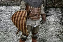 Medieval knight. / Images of medieval knights and men at arms, clothing, weapons, armour and tools.