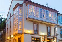Hotel Herradura / hotel con encanto en el centro histórico de Santiago de Compostela. Ubicado a 5 min. de la Catedral y al lado de los Jardines de la Alameda y de la zona comercial y de negocios de la ciudad