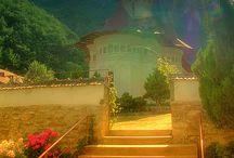 Churches & Monasteries Romania