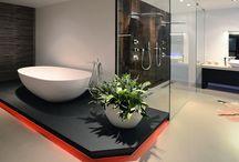 Bathroom - badkamer / Custom made bathrooms  -  Op maat gemaakte badkamers