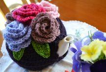 Cozys für Teekannen, gestr. + gehäkelt