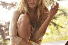 Jennifer Aniston Hot Photos Pictures Wallpapers