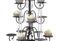 Cake stands / by Tanya Smith