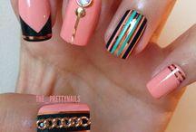 Nails Rings Diamonds.... <3 Love :)