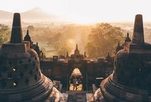 Indonesia Bucket List / Best things to see and do in Indonesia, dream destinations, transportation, attractions, excursions, places to see, national parks, hikes, hostels, hotels.
