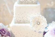 wedding cakes / by Rebeeca Barksdale
