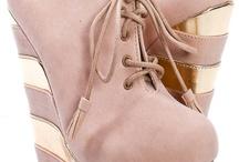 Shoes / by KJ Schelling