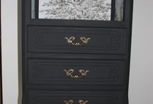 Chiffonnier style Louis XV
