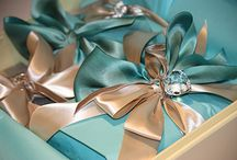 Great Gifts & Wrapping / by Michelle Bloxham