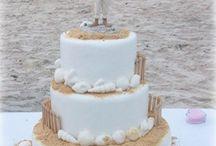 wedding ideas / by Courtney Carlisle