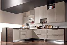 Old Line | Modern Kitchen / Ci sono cucine che hanno stile, …..ma ne hanno uno solo. OLD LINE di ASTRA è una novità assoluta, con ispirazioni ricche di tradizione in una cucina moderna, per infrangere le regole con eleganza.