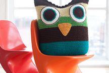 Crochet - Pillows / by Nicole Sgueglia