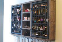 Jewelry & nail polish storages