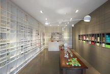 Farmacia / Ideas for a contemporary pharmacy interior
