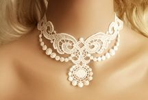Lace neckles