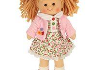 Bábiky / Kvalitne bábiky vhodné ako hračky pre dievčatá. Hry pre dievčatá na každý deň.