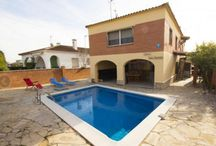 villas to rent in catalonia / Enjoy your holidays with Rental vacation agency Catalunya Casas. It provides the Vacation Villa with private pool in Costa Dorada, Costa Brava and Catlonia in your budget. Login to book your favorite Villa here: http://www.catalunyacasas.com