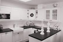 Kylpyhuone-ja Keittiökalusteet / Design Ideoita kylpyhuonekalusteiden ja keittiökalusteiden hankintaan.
