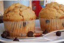 Muffins, Loaves numnum / by Yvonne Barabash