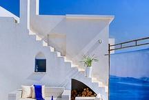 Greek house / White outside
